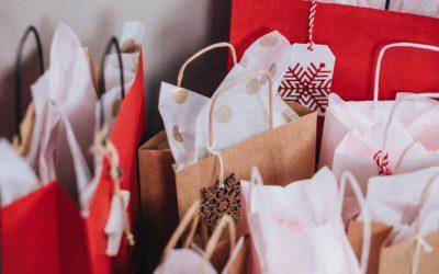 7 tips til hvordan du kan handle julegaver på budsjett